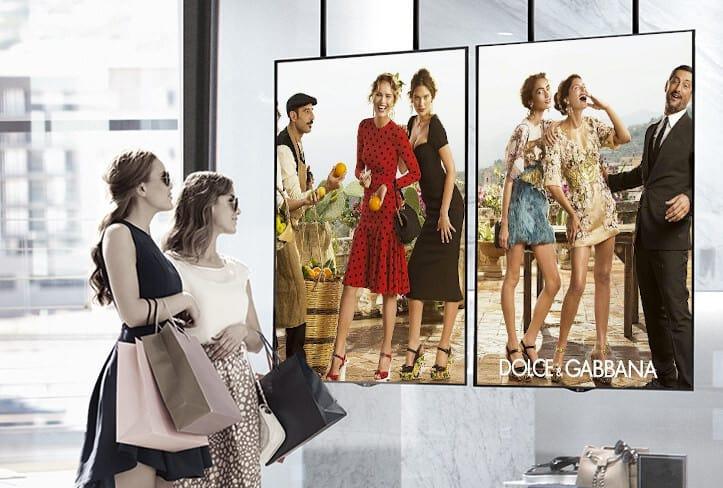 Un monitor da vetrina digitale può rivoluzionare la tua attività commerciale